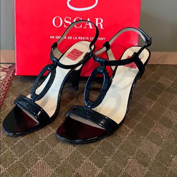 Oscar de la Renta Shoes - Oscar de la Renta black dressy sandals